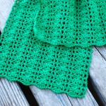 DIY scarf crocheting